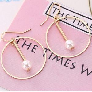 Jewelry - 14K Gold Hollow Circle Pearl Hoop Dangle Earrings